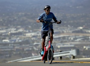 """Four-Time Olympian Meb Keflezighi to Speak at Sports Medicine Conference on Benefits of """"Cross-Training to Extend Competitive Performance"""""""