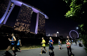 As the sun sets, Standard Chartered Singapore Marathon rises to the challenge: with the completion of the 10k and 5k on Sunday, three days of racing showcases Singapore to the world